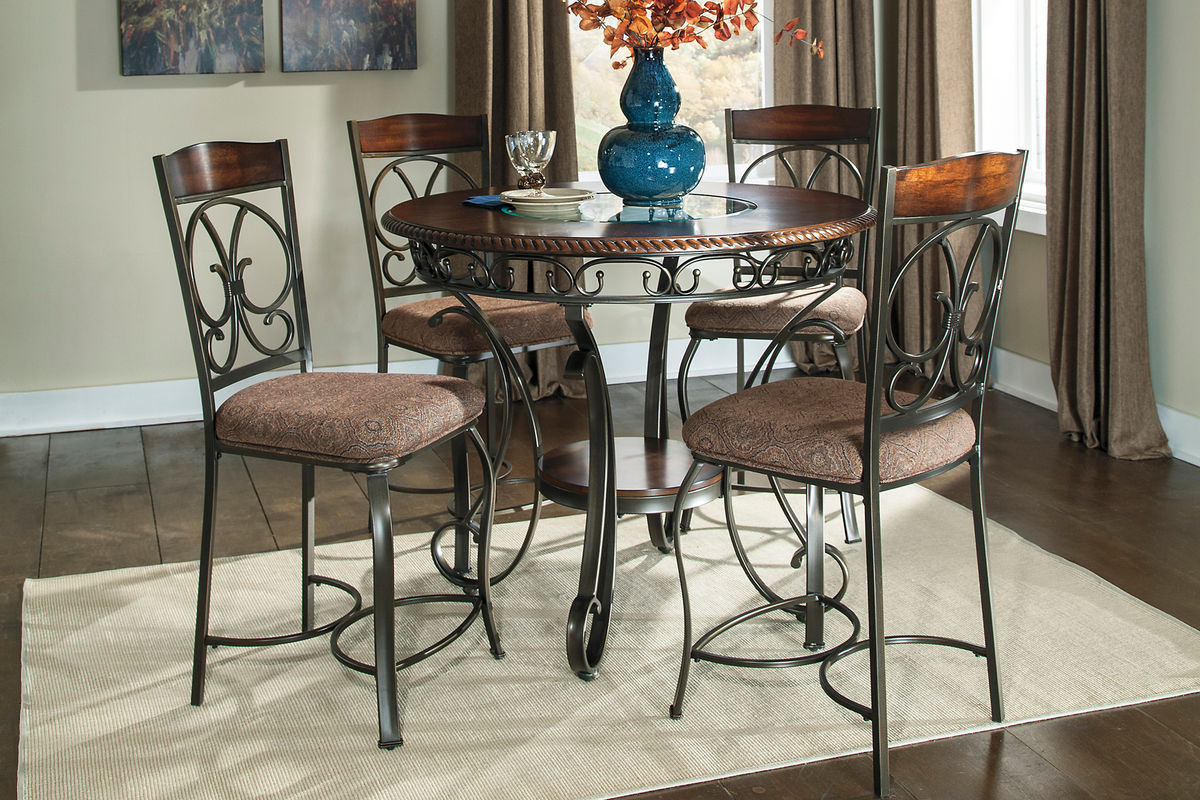 Bree By Ashley 174 Dining Room Collection