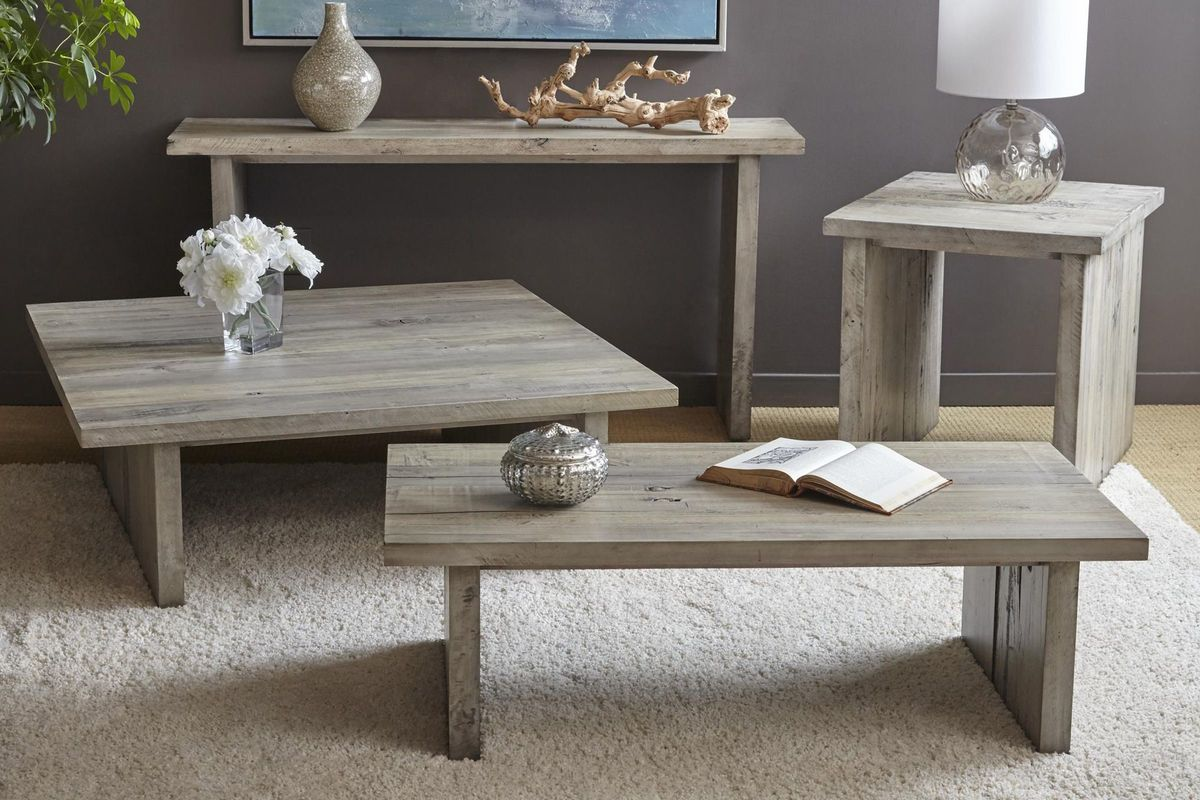 Renewal Living Room Collection