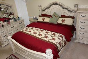rometta bedroom collection