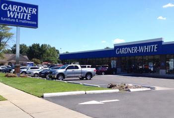 Furniture store in at gardner white furniture for Gardner white credit