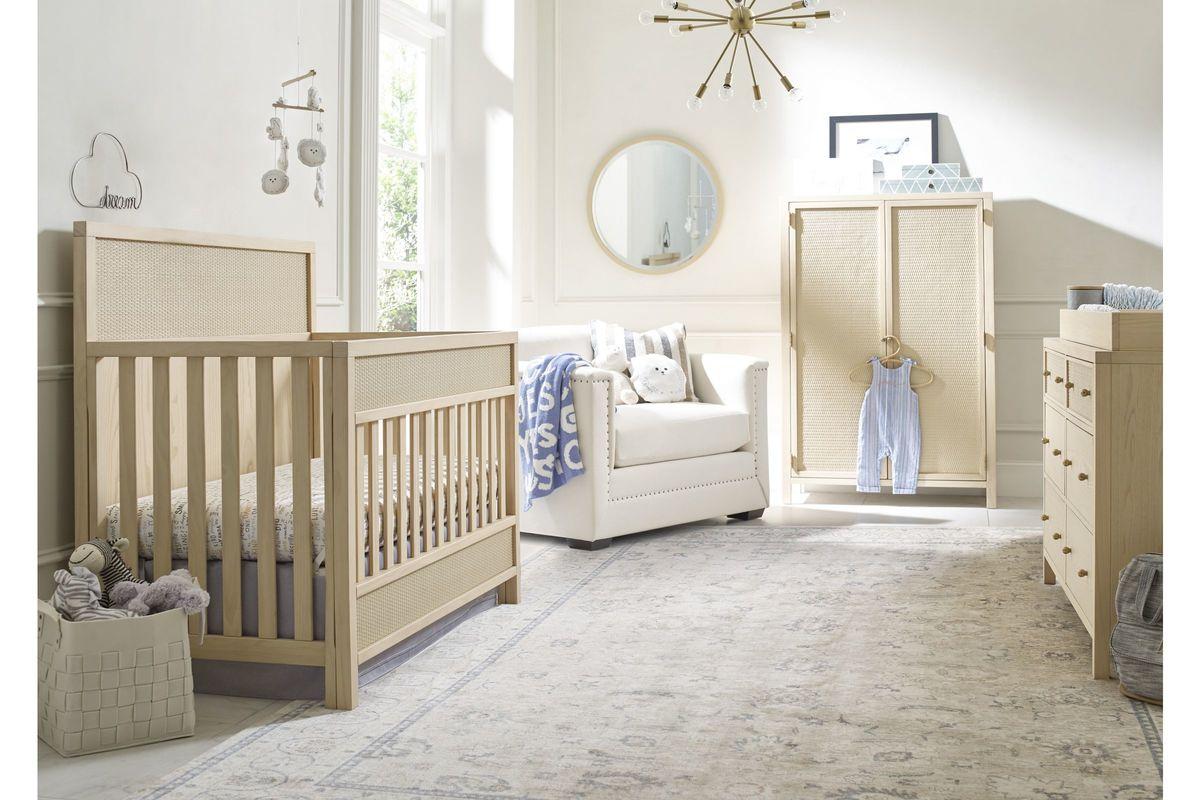 Ed Ellen Degeneres Gentilly Convertible Crib With Guard Rail Bed