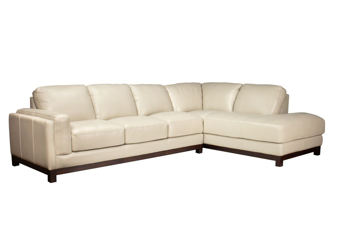 Oxford Leather Sectional With Chaise On The Right At Gardner White