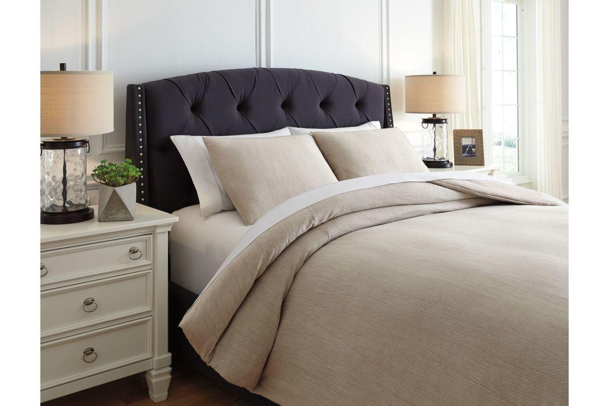 Mayda King Comforter Set by Ashley from Gardner-White Furniture
