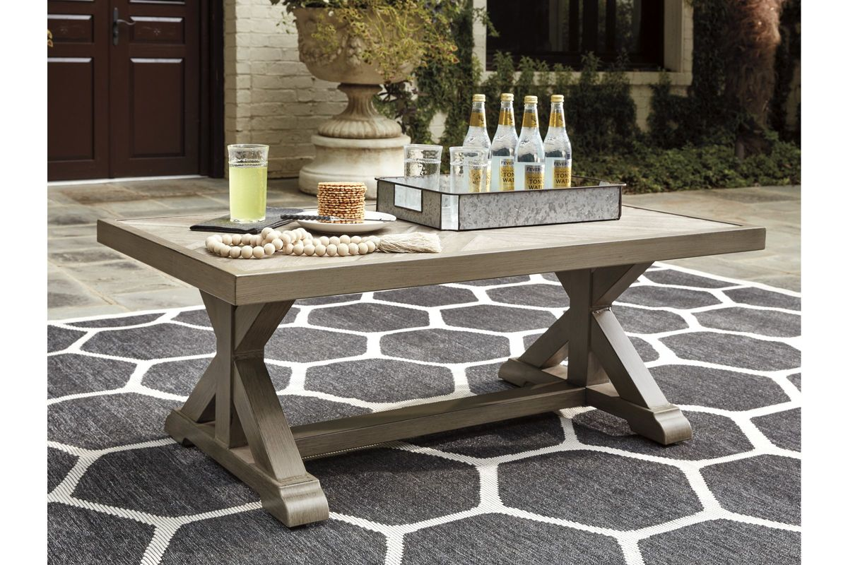 Outstanding Beachcroft Coffee Table By Ashley Home Interior And Landscaping Staixmapetitesourisinfo
