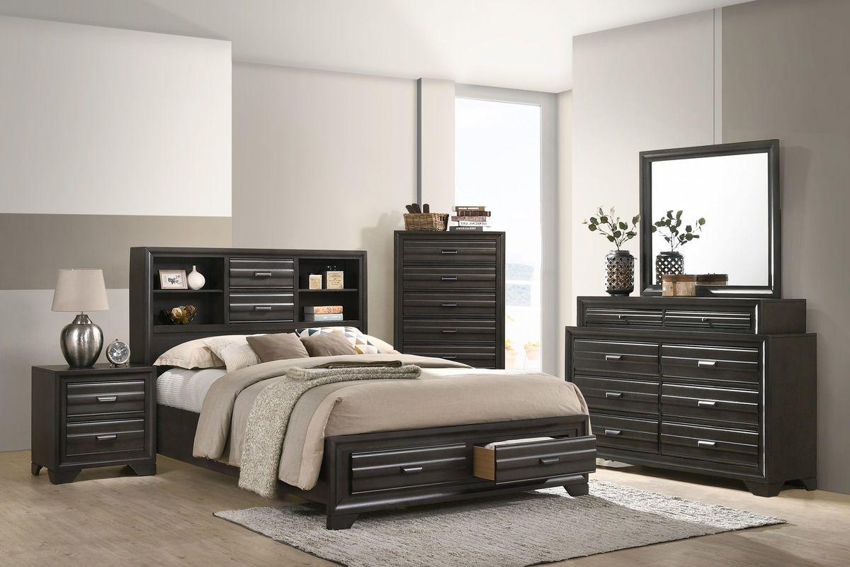 Briscoe 5-Piece King Bedroom Set with 32\