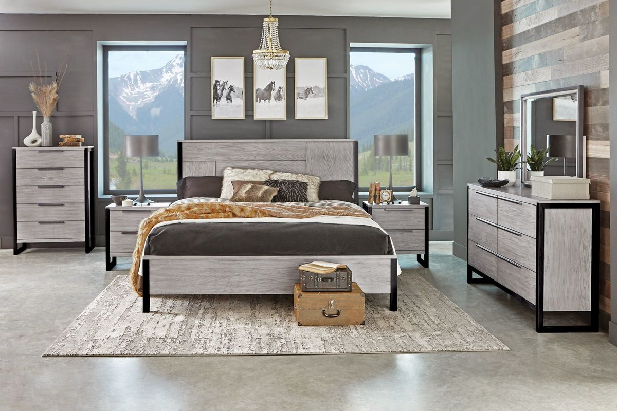 Jackson 5-Piece King Bedroom Set with 32\