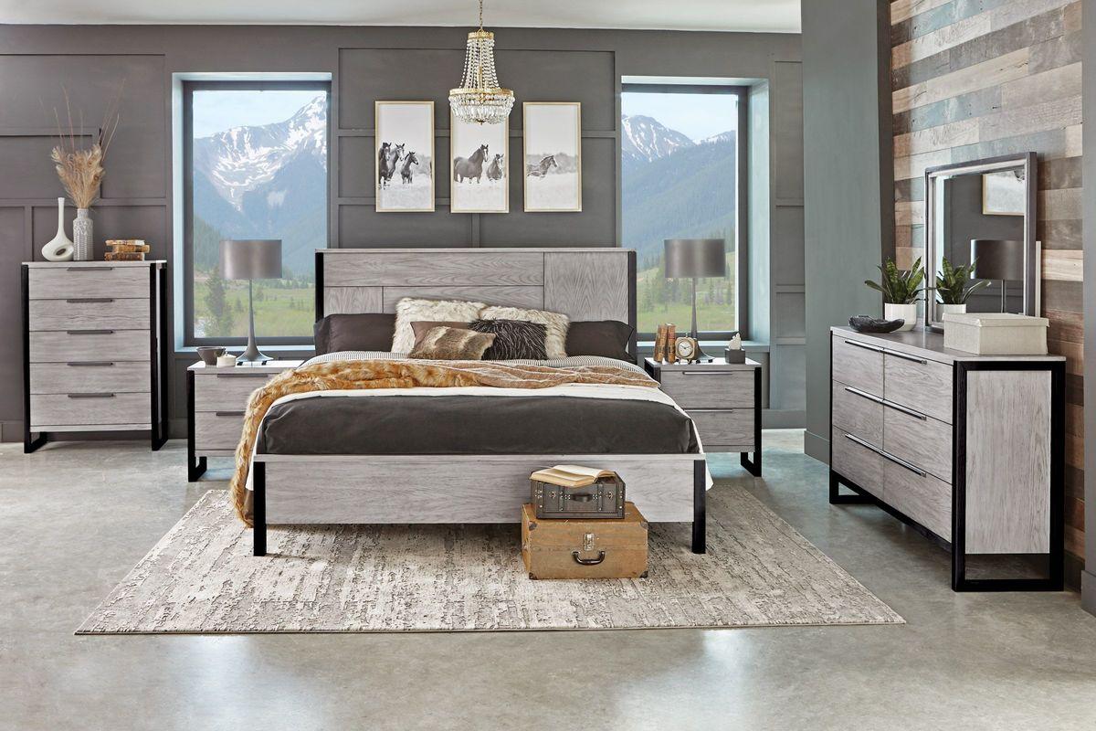 Jackson 5-Piece Queen Bedroom Set with 32