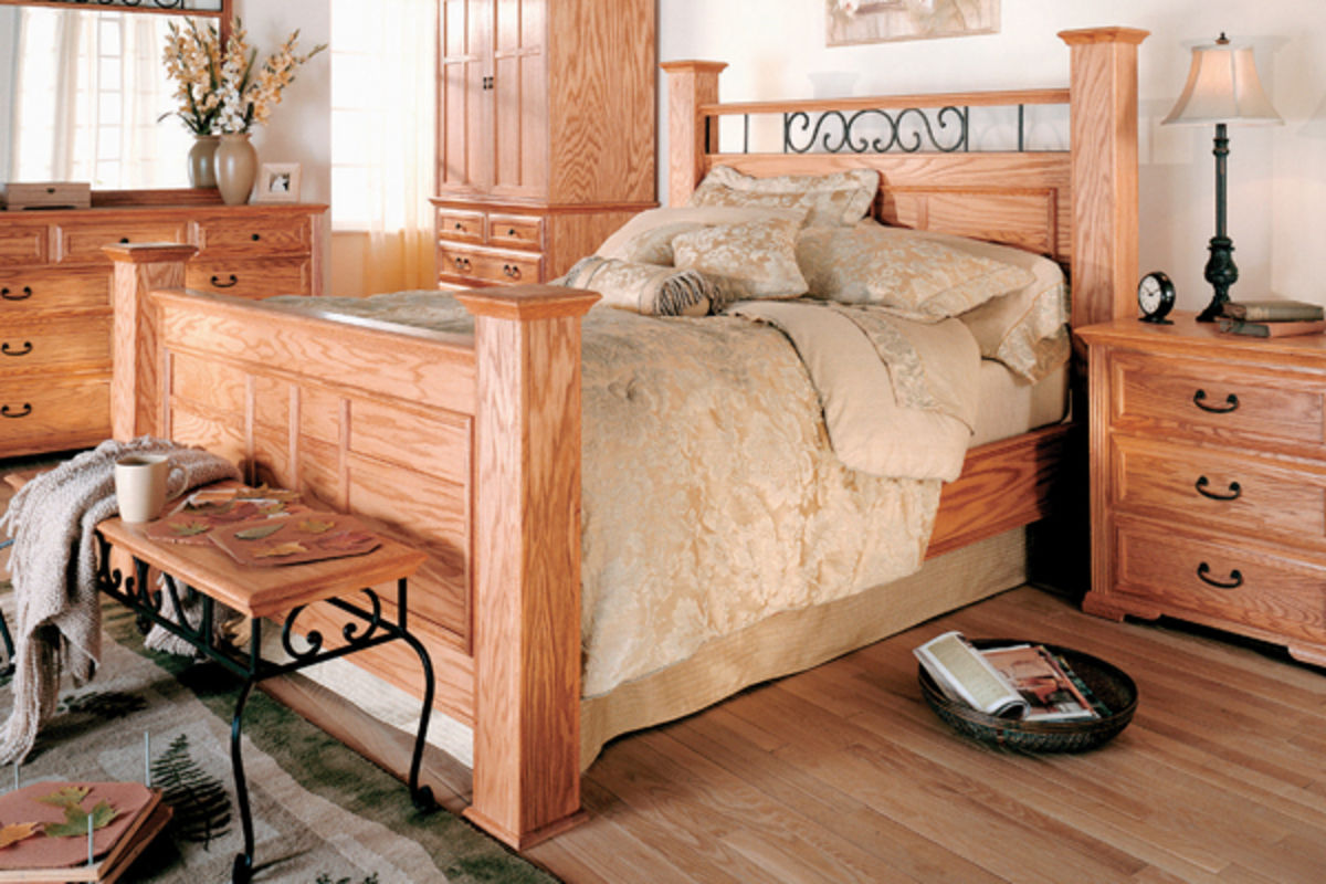 Thornwood Queen Oak Bed at Gardner-White