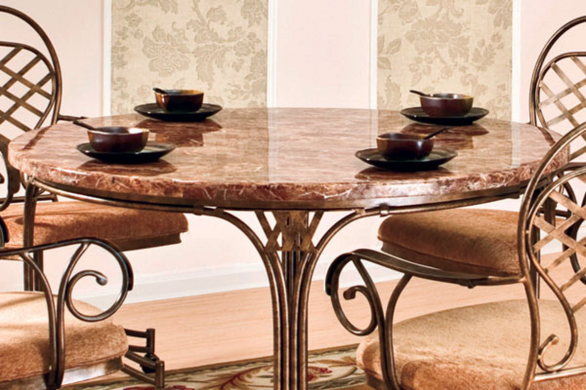 Allegra Round Table Amp 4 Caster Chairs At Gardner White