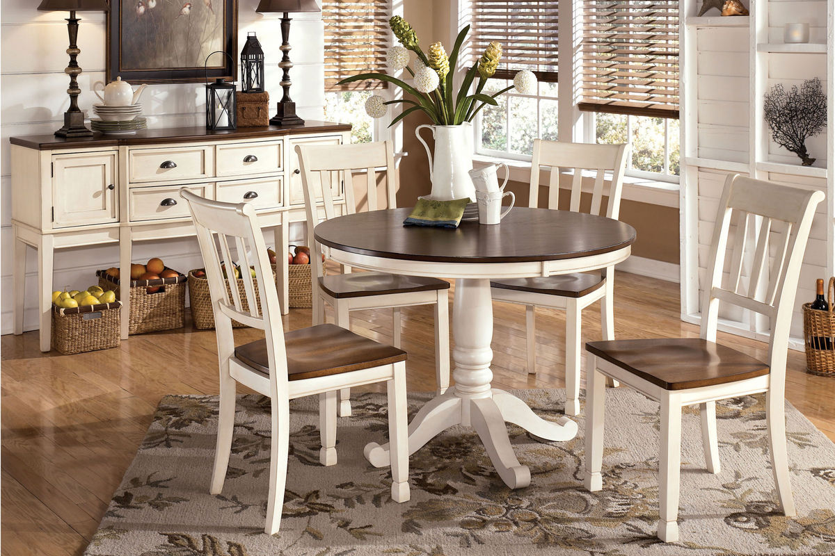 Whitesburg Round Table + 4 Side Chairs at Gardner-White