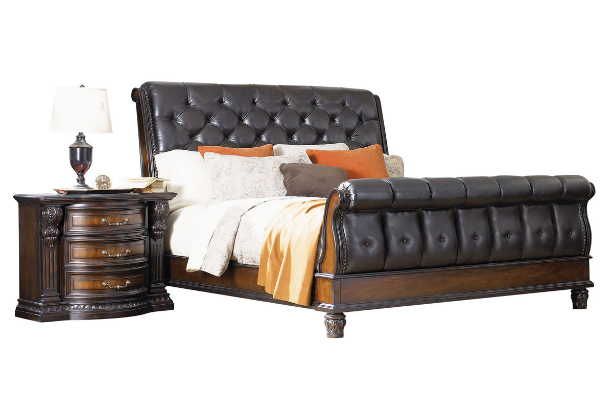 Cabernet Queen Sleigh Bed