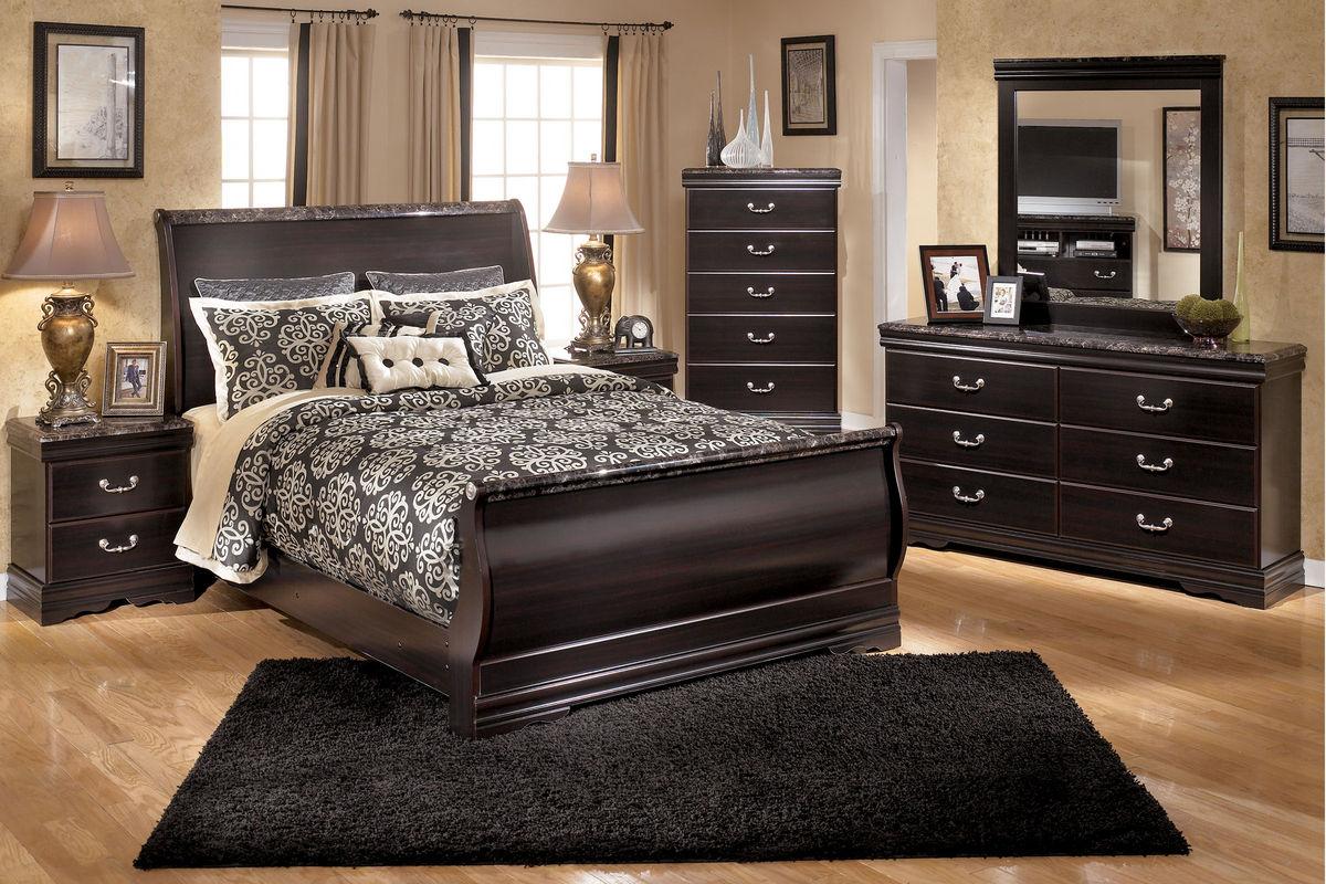 Esmarelda Queen Bed at Gardner-White
