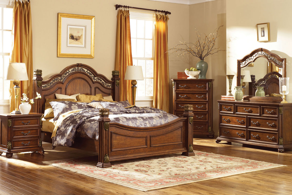 Maletto Queen Bed, Dresser with Mirror & Nightstand