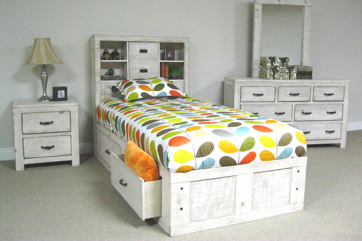White captain bed twin - Share