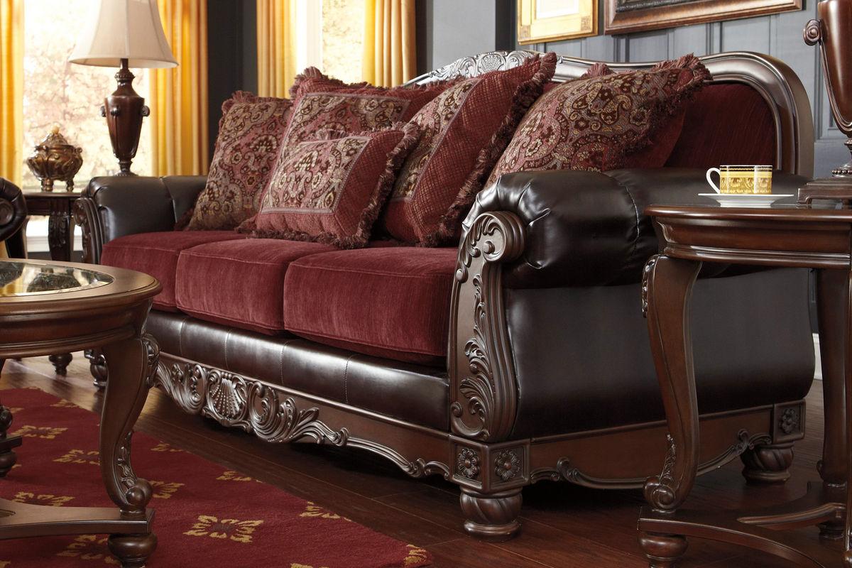 Weslynn Sofa By Ashley At Gardner White