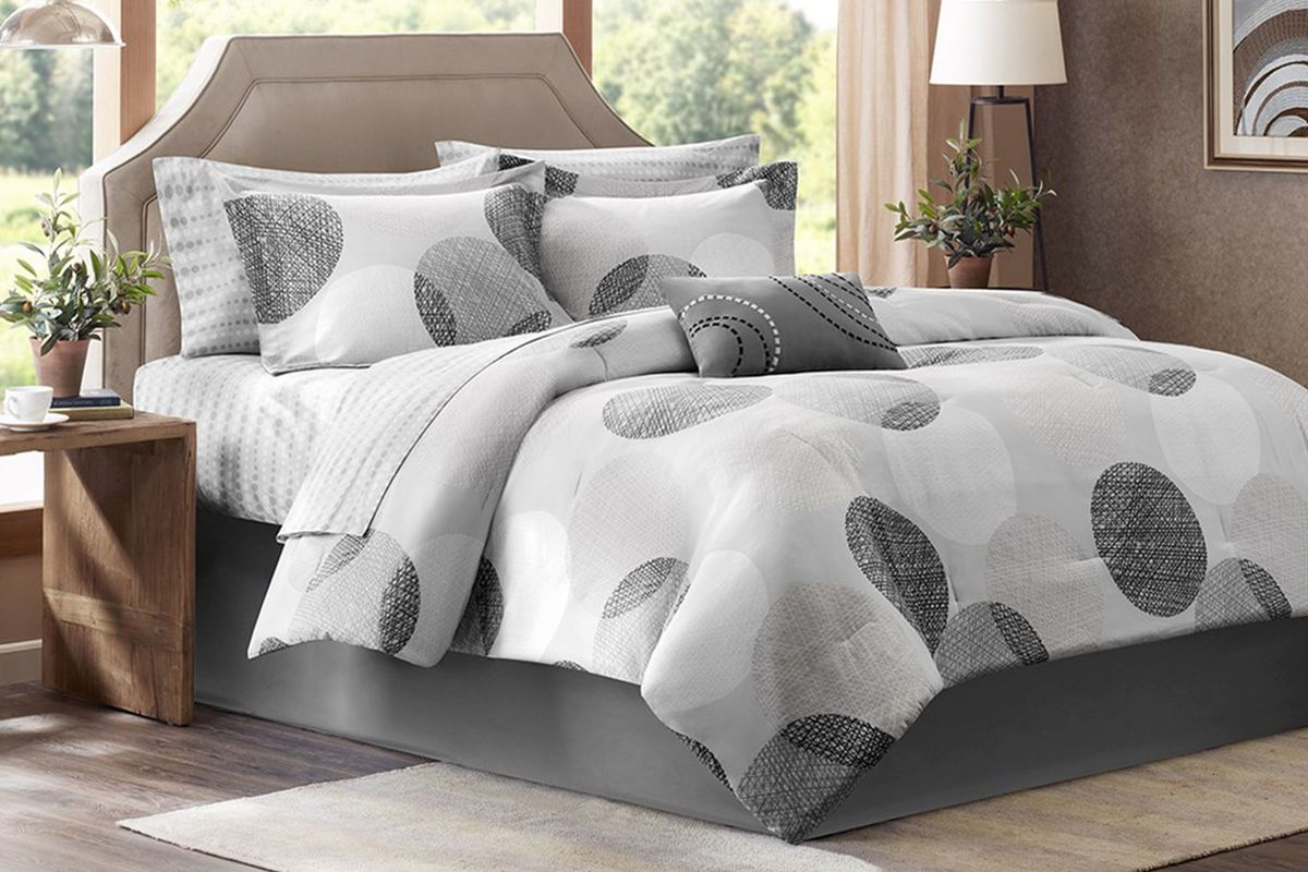 Knowles 9 Piece King Comforter Set From Gardner White Furniture