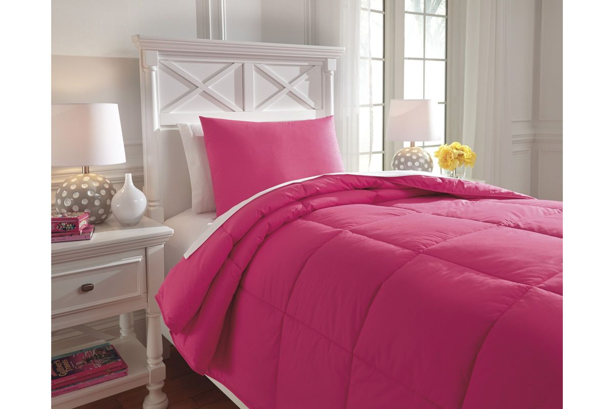 Plainfield twin comforter set in magenta by ashley from gardner white furniture