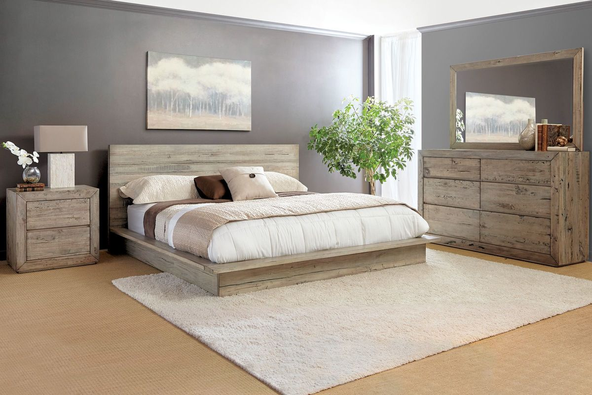 Renewal 5-Piece King Bedroom Set with 32\