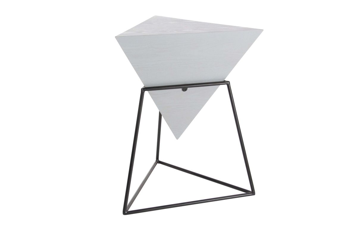 Attirant Modern Reflections Triangle Accent Table In Matte Grey/Black From  Gardner White Furniture