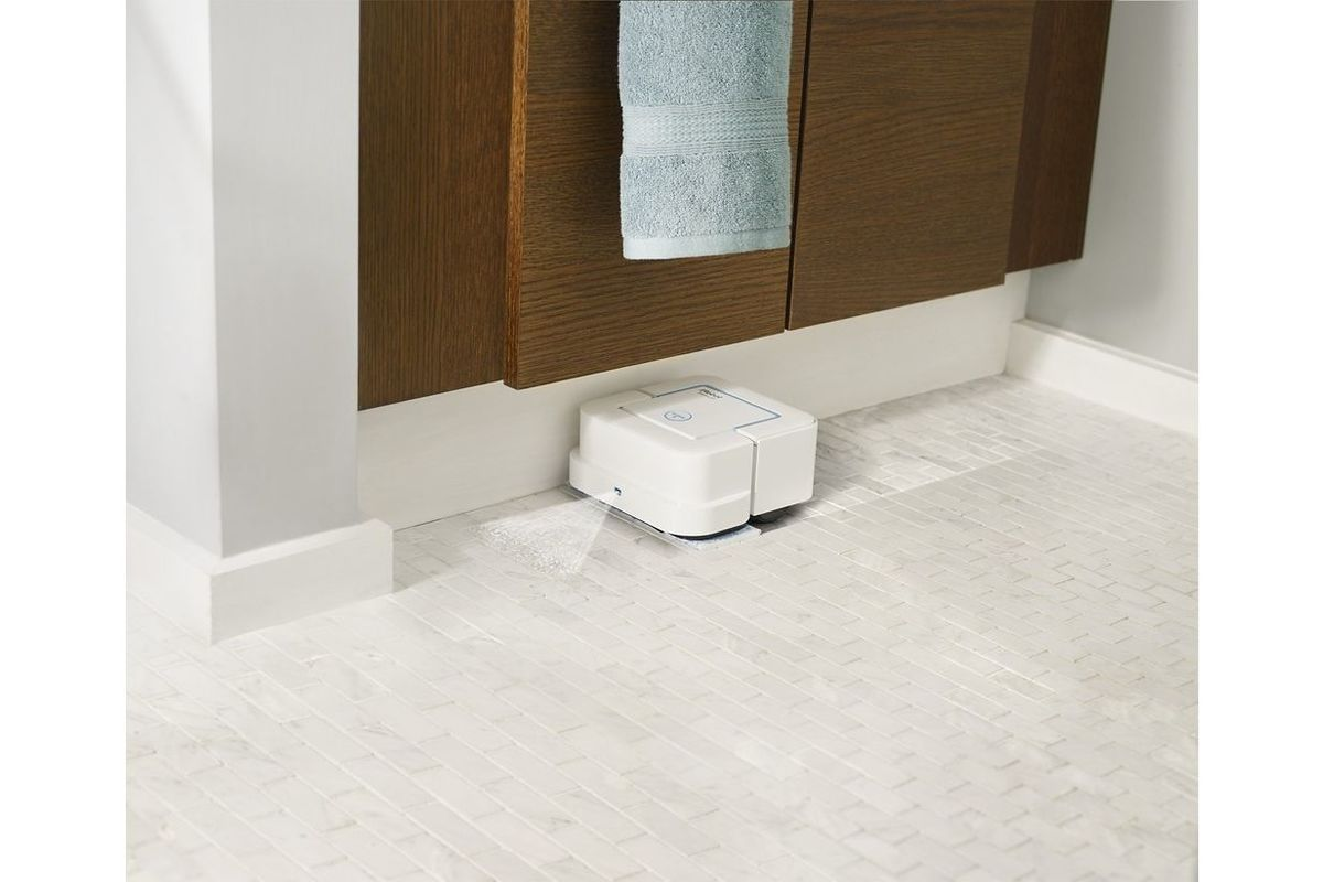 irobot braava jet 240 app controlled robot mop in white. Black Bedroom Furniture Sets. Home Design Ideas
