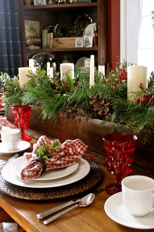 Dress Up Your Dining Table For The Holiday
