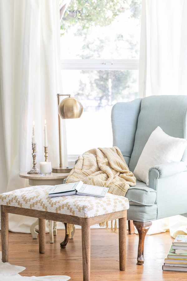 Cozy Reading Chair mini makeover: cozy reading nook | gardner-white blog