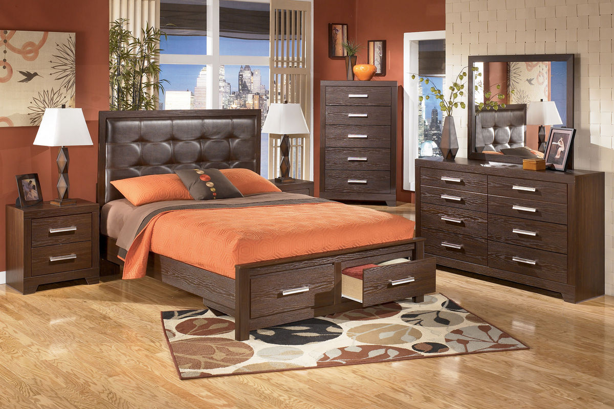 Aleydis queen bed with storage at gardner white for Gardner storage