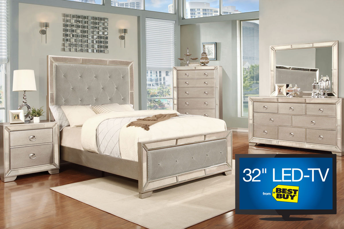 image 5 piece king bedroom set with 32 tv at gardner white. Black Bedroom Furniture Sets. Home Design Ideas