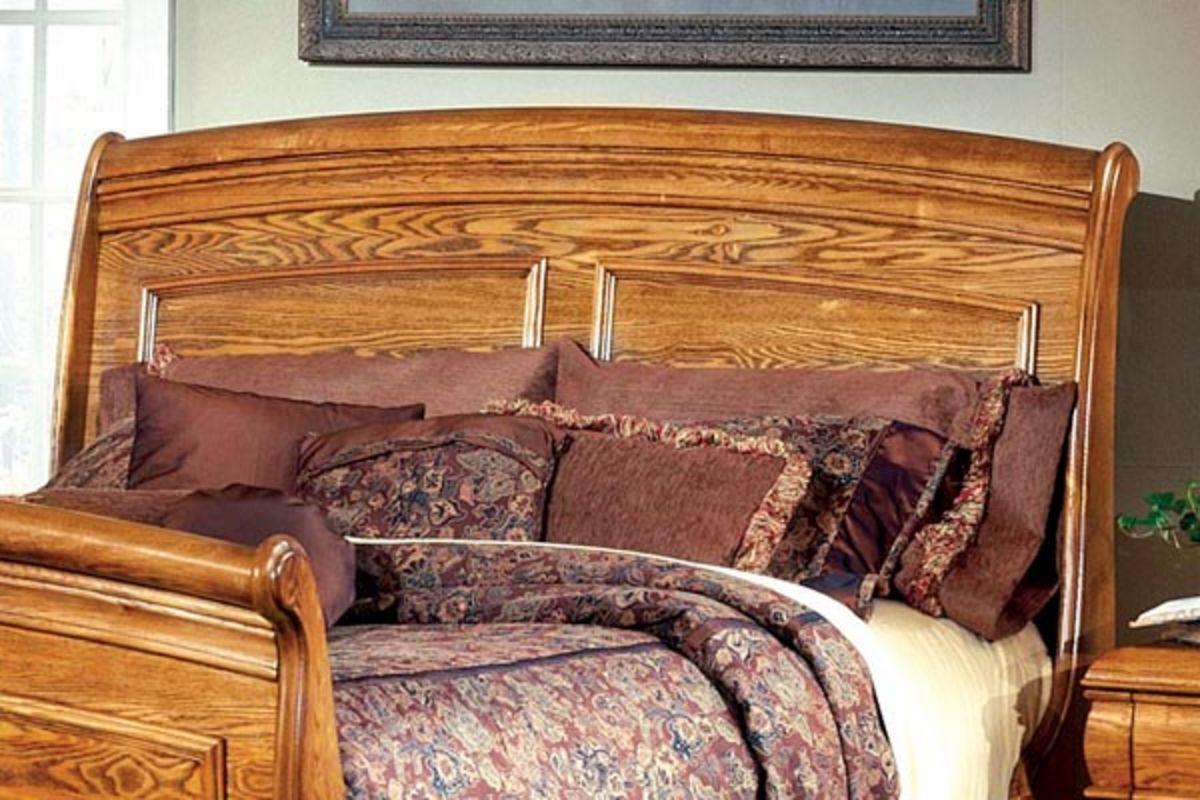 Pigeon queen bed with storage at gardner white for Gardner storage