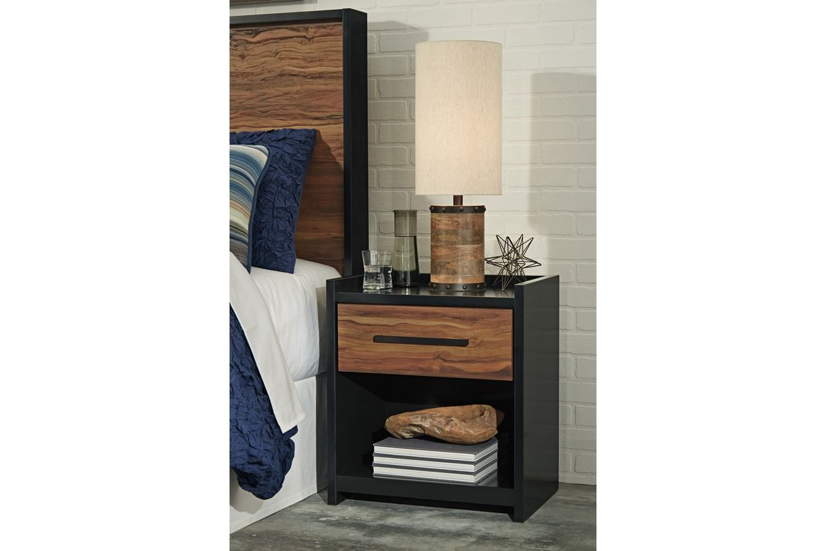 stavani one drawer night stand in black and brown by ashley. Black Bedroom Furniture Sets. Home Design Ideas