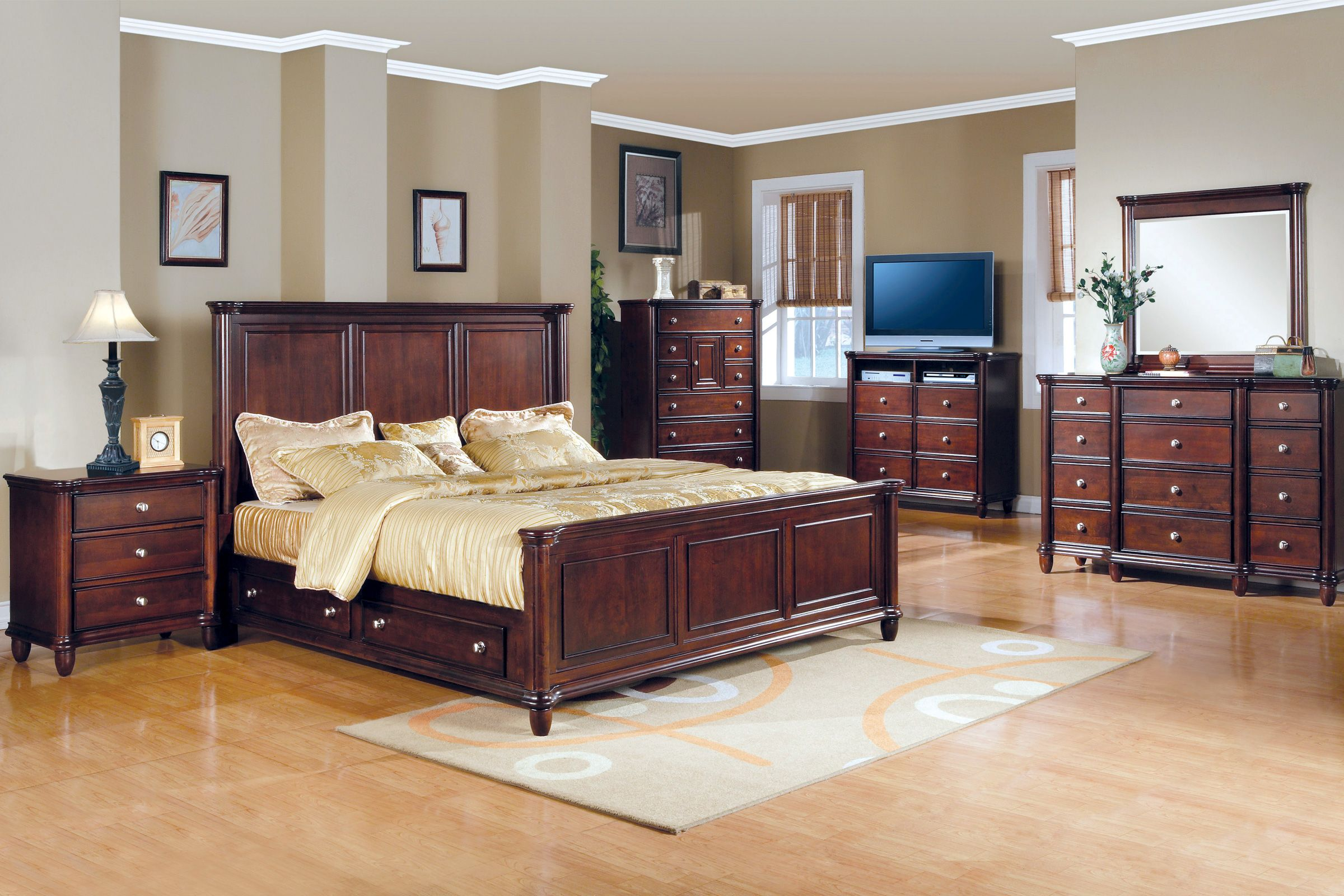 . Hamilton 5 Piece Queen Bedroom Set