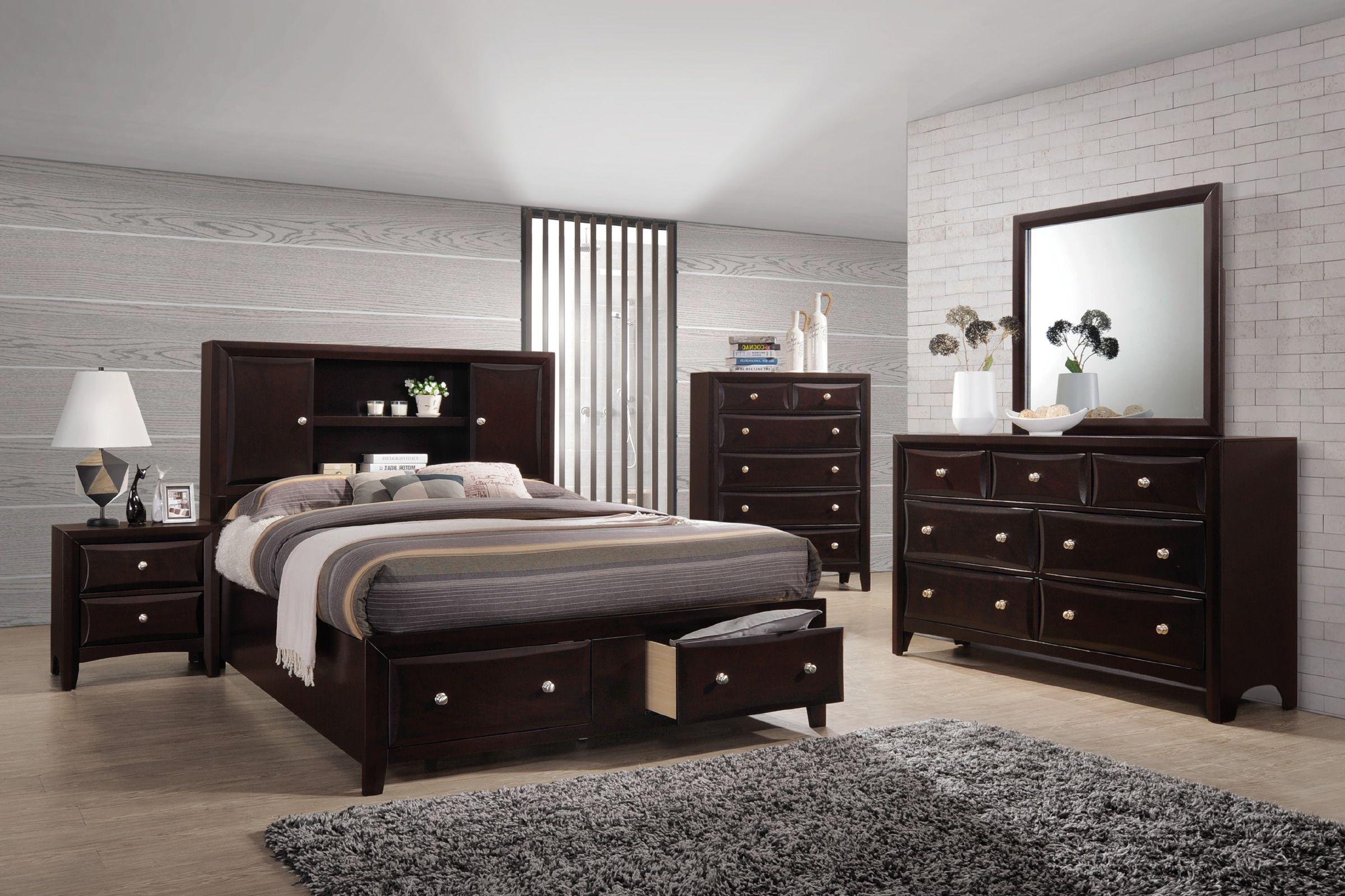 Solitude 5 Piece Queen Bedroom Set With 32 Led Tv Save 770 Now 1 399 99 We Pay Your Tax